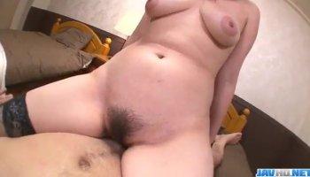 Blonde Skylar Green looks so good rubbing her vagina