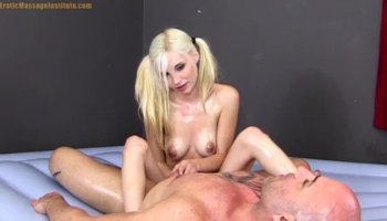 Bodacious blonde cougar Monica Mayhem gets nailed all over the couch