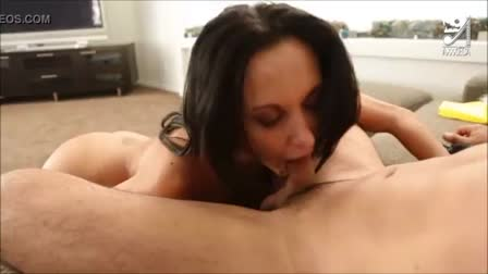 Arab sex bomb with Nadia Ali loves big black cock