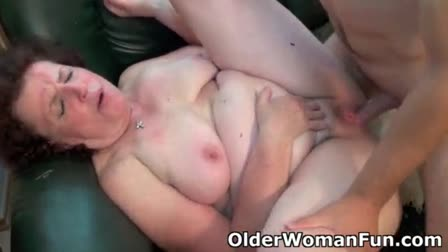 Lesbian threesome of Yhivi, Marica Hase and Lea Lexis explore their culls